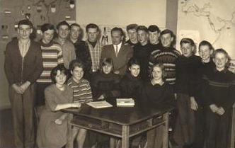 Foto Schule 1965©Dorfgemeinschaft Mardorf e.V.